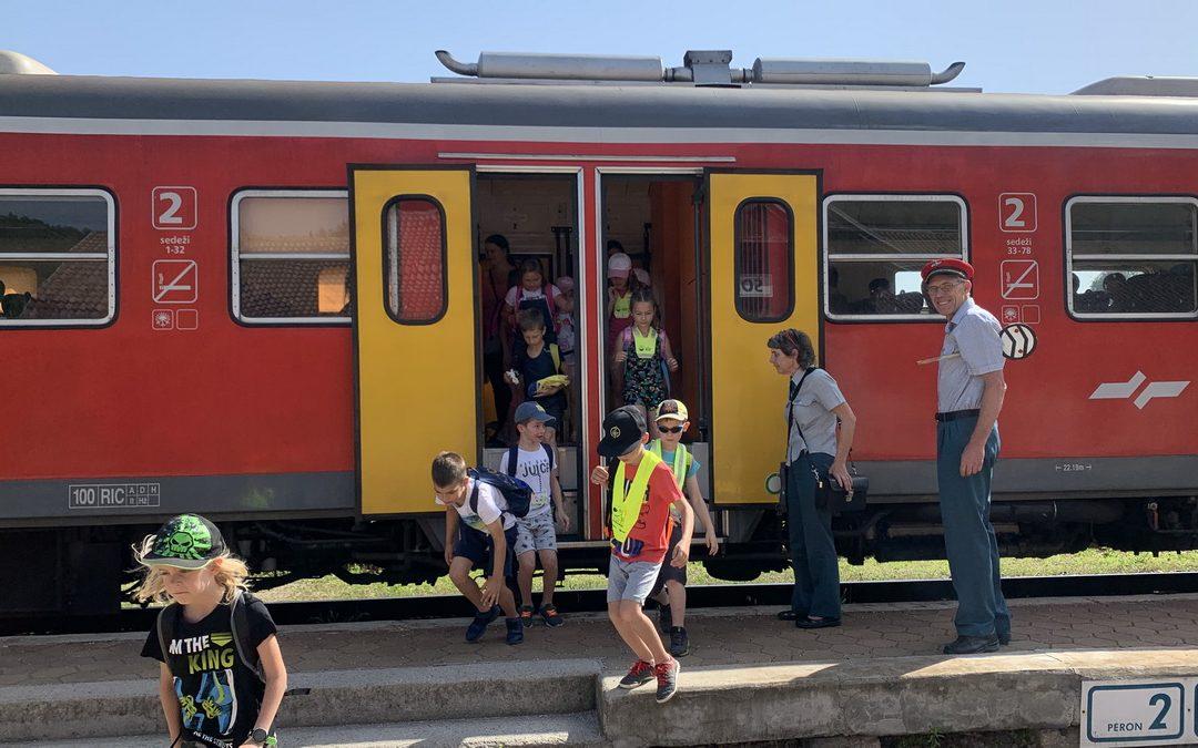 Drugošolci so se z vlakom odpeljali v Šoštanj